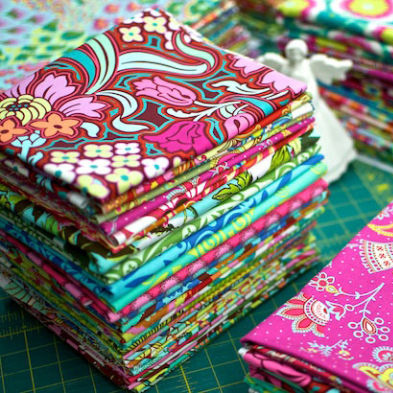 We offer Designer Fabric Cotton in Malaysia!